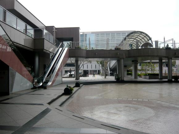 ホテル前の広場