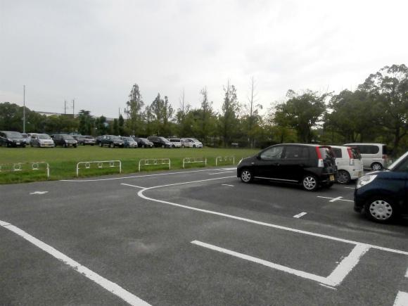 福山メモリアルパーク駐車場
