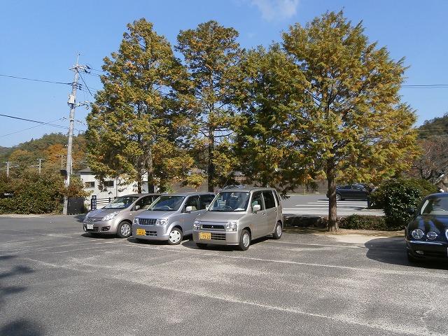 井山宝福寺駐車場山門側駐車場